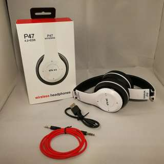 [In Stock] Wireless Bluetooth Headphones with FM Radio (White) #huat50sales