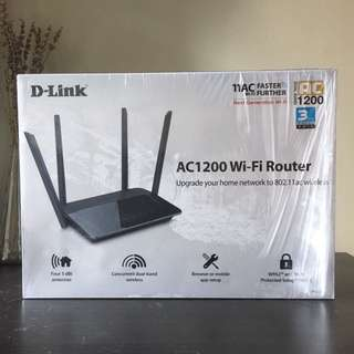 D-Link AC1200 Wi-Fi Router 路由器