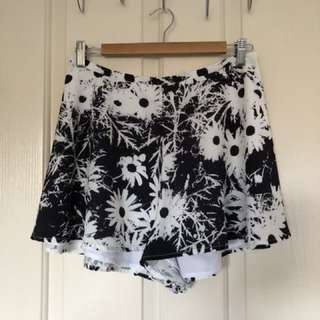Finders Keepers Midnight Lover Shorts