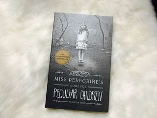 SIGNED Miss Peregrine's Home for Peculiar Children by Ransom Riggs