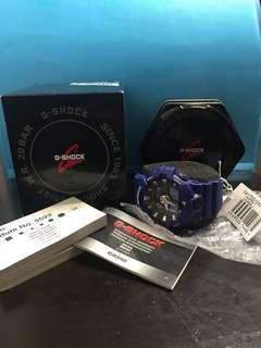 G-SHOCK—全新色彩的 GA-700 指針數位雙重顯示手錶
