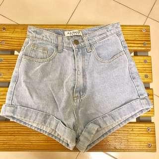 🚚 淺藍高腰AA牛仔短褲