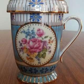 高雅陶瓷杯