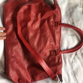 Large bag with sling