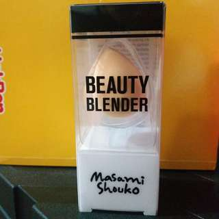 Masami Shouko Blush Beauty Blender