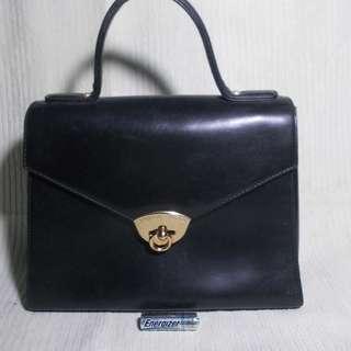 Emanuel Ungaro Paris leather hand bag Vintage
