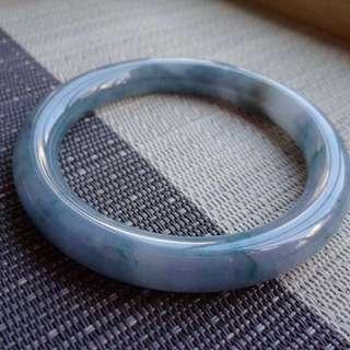 58圈口58.7*10.0*9.5mm特惠,冰糯種羅蘭圓條手鐲,存在石紋沒有刮感,編號7115
