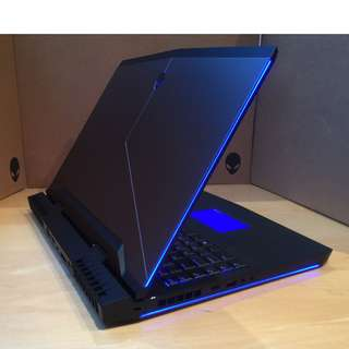 Alienware m17 r4 gtx1070 16gb 500gb ssd gaming laptop