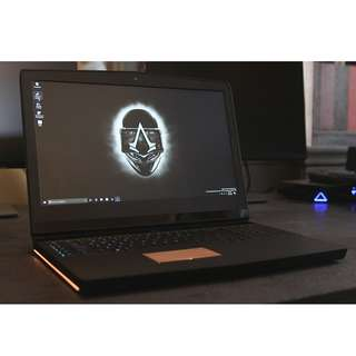 Gaming laptop desktop replacement alienware m17 gtx 1070 500gb ssd 16gb ram
