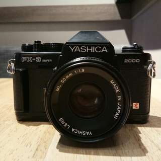 35mm Film Camera the YASHICA FX-3 SUPER 2000 BY KYOCERA