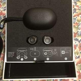 B&O E8 藍牙耳機