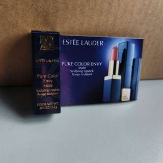 Estee lauder pure colour envy matte sculpting lipstick - short fuse
