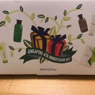 Innisfree face and body cleansing pact