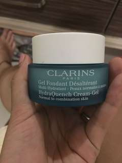 Clarins Gel fondant desalterant multy hydratant.