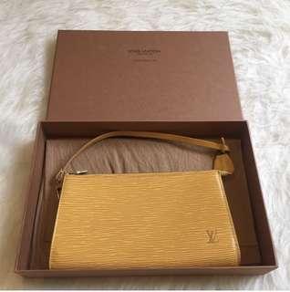 Preloved Louis Vuitton Pochette Yellow epi
