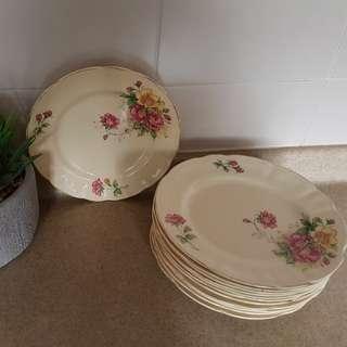 Vintage Encore Crown Cake Plate