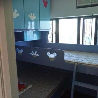 免費九成新双人加單人床連櫃和書架