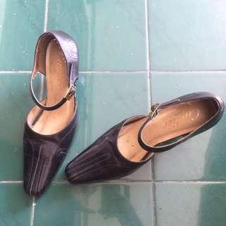 Cartier Heels