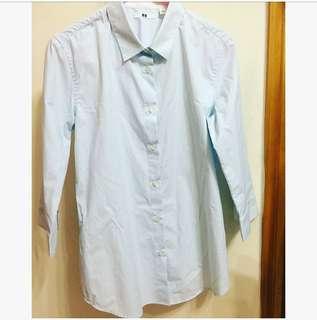 Uniqlo 淺藍短恤衫 Shirt  Smart causal