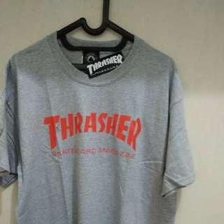 Thrasher mag tshirt (grey/red) L