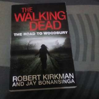 The Walking Dead(The Road To Woodbury)
