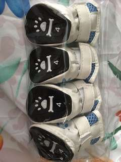Size 4 pet shoes new