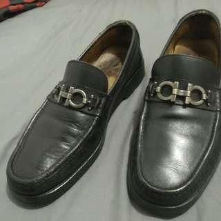 Sepatu Salvatore Ferragamo