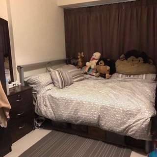 Masterbedroom @Cantonment Close