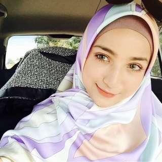 Ariani square scarf