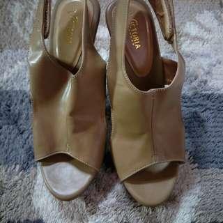 Sendal sepatu wanita