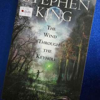 #CNY88 The Wind Through The Keyhole by Stephen King (English Novel)