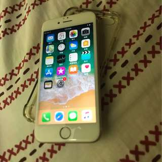 Very new iPhone6s. 64gb. (Rose gold)