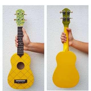 Ukulele - pineapple design