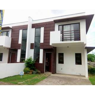 Townhouses For Sale, Rent To Own The Villas at Dasmarinas Highlands Cavite