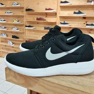 Nike Rosh Run  37 - 44