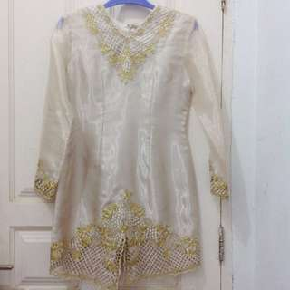 Blouse Pesta Glowing