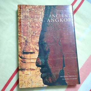 Pictorial guide book on ancient angkor