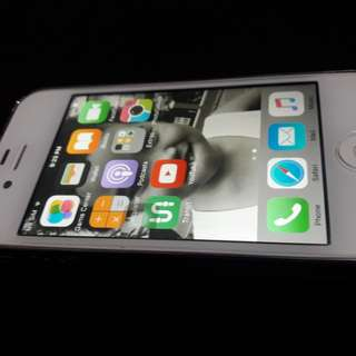 Orig iphone 4s 16gb no apple id.. Issue ( icloud problem) Good for wifi only. 98% smooth. No scratch and dents