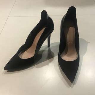Zara - black pointy toe heels