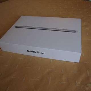 (原價$12388) 13 吋 Macbook Pro 銀行 256GB
