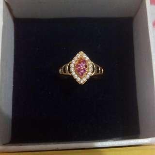 Cincin Emas Mata Pink
