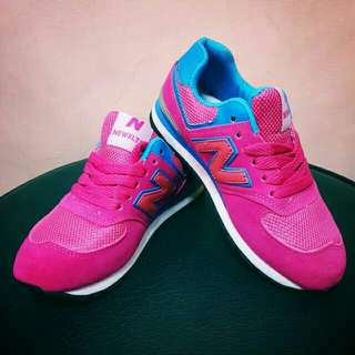 New balance shoes for kids/teens