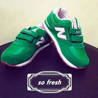 New balance shoes (unisex)for kids/teens
