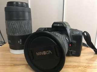 Minolta Dynax 303si (35mm film)