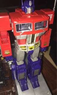 Tomy Takara MP-10 Optimus Prime with Trailer