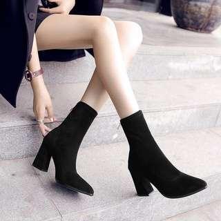 Sock boots heels