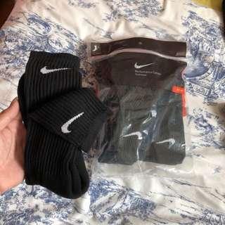 Nike black crew socks