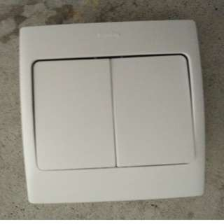 Legrand 2 switches or one gand power socket New)
