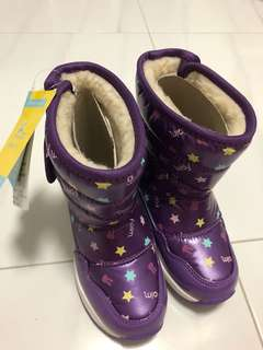 Girl' winter boots (size 26) for years old