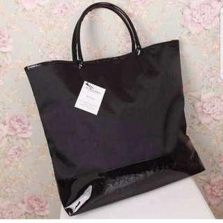 🚚 BURBERRY黑色手提包